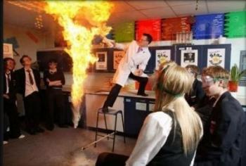 час по химия