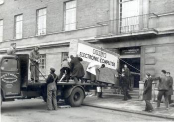 Компютърът през 1945