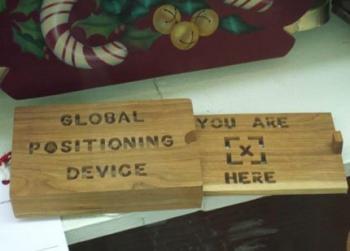 дървен GPS