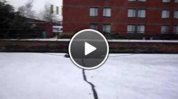 Ходене по замразен канал